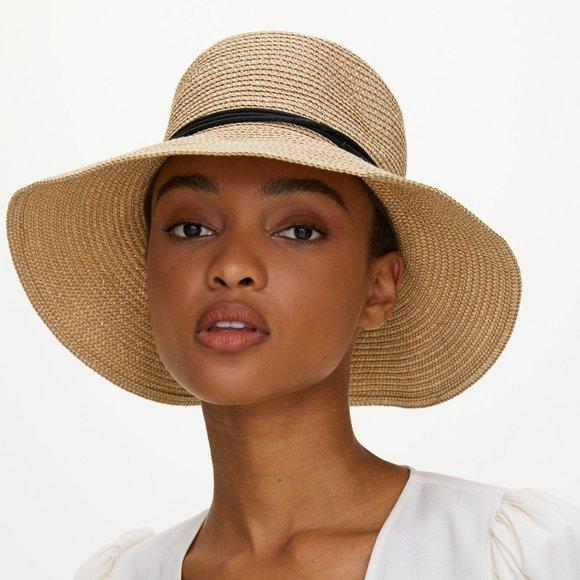 Main Character Eau Claire Hat Packable floppy hat